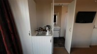 Ensuite and tea and coffee making facilities
